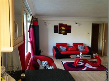 EasyRoommate UK - Looking for a FEMALE ONLY flatemate - Blackheath, London - £650