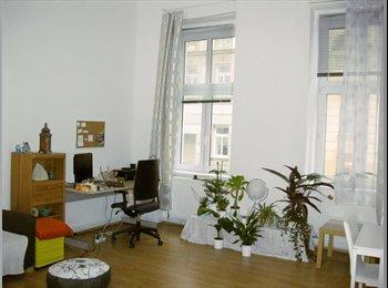 Möbliertes 25qm Zimmer in netter 2er WG, Zentral