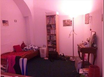 Nettes Zimmer zu vermieten