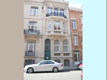 Appartager BE - chambres ou appartement meublé ou non - Etterbeek, Bruxelles-Brussel - €520