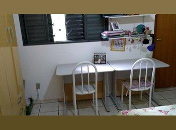 EasyQuarto BR - ALUGA -SE QUARTO PARA ESTUDANTE FEM. PERTO (UNESP) - São José do Rio Preto, São José do Rio Preto - R$550