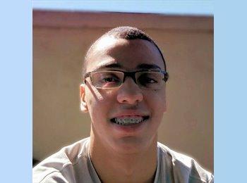 Rodrigo - 18 - Estudante