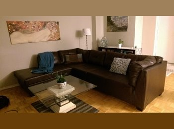 EasyRoommate CA - Beautiful fully furnished apartment with super friendly roommate♡ - North Toronto, Toronto - $700