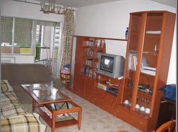 habitacion en alquiler en madrid zona herrera oria-la paz