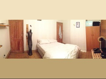 EasyRoommate UK - Spacious, Nice double Bedroom in a friendly place - Isleworth, London - £670