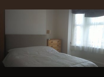 Double room to rent in Old Town