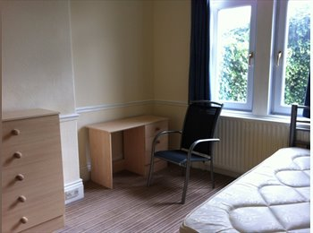 Two large rooms in lovely semi in Lemington.