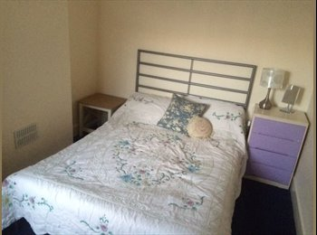 Double room for rent in charming victorian terrace