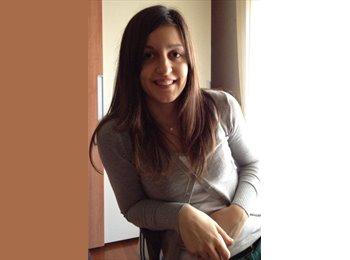 Chiara - 25 - Professional