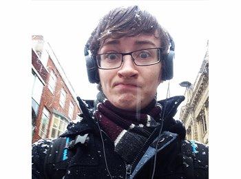 EasyRoommate UK - Connor - 19 - Derby