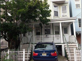 $1650 / 3br - 1ft^2 - JERSEYCITY,NJ 2 Apt/Rent 3BR: 4BR...