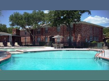 EasyRoommate US - Need a Good Roomate or a Couple to share Townhouse - Fort Worth, Fort Worth - $550