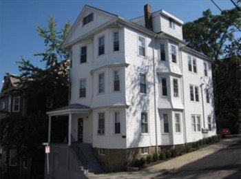 EasyRoommate US - Summer Sublet Available! - Mission Hill, Boston - $875