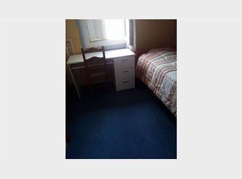 Chambre à louer avec bail