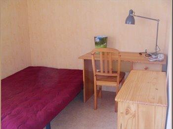 Appartager FR - colocation zen dans T4 meublé - Saint-Herblain, Nantes - €300