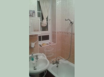EasyRoommate UK - Borough Double Room - Bermondsey, London - £650