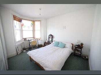 EasyRoommate UK - Large Double for Couples in kemptown! - Kemp Town, Brighton and Hove - £680
