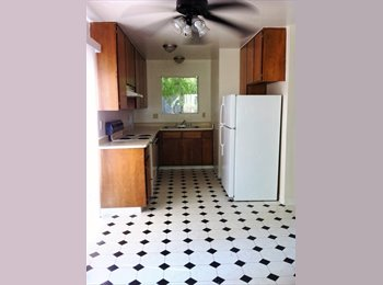 EasyRoommate US - 2 rooms available / $230 - Chico, Northern California - $230