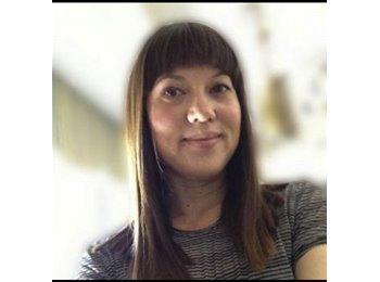 Kristin - 36 - Professional