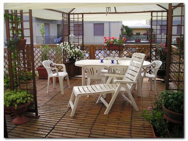 due camere in appartamento a castiglion fiorentino -  - Image 1
