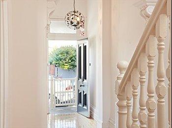 EasyRoommate AU - Stunning house in St Kilda! - St Kilda, Melbourne - $250