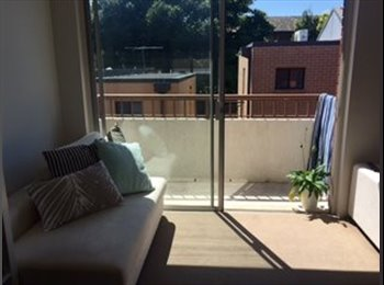 EasyRoommate AU - Room for Rent in three bedder in Randwick! - Randwick, Sydney - $280