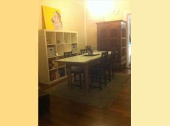 EasyRoommate AU - Lovely terrace in Bondi Junction - Bondi Junction, Sydney - $350