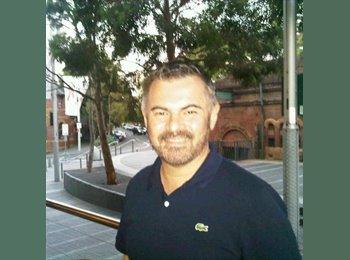 EasyRoommate AU - Michael - 44 - Sydney