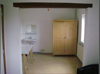 Appartager BE - Chambre dans maison communautaire - Louvain-la-Neuve, Louvain-la-Neuve - €425