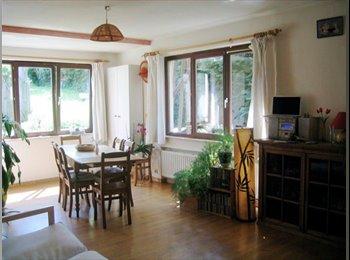 Appartager BE - Joli studio dans la verdure - Louvain-la-Neuve, Louvain-la-Neuve - €500