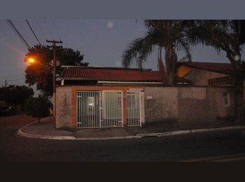 EasyQuarto BR - vaga em república - São José dos Campos, São José dos Campos - R$350