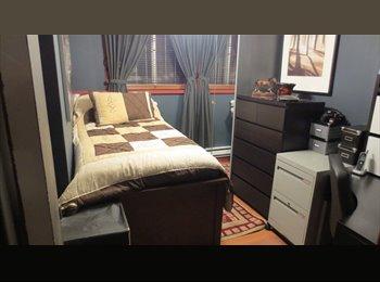 EasyRoommate CA - Chambre pour étudiant proche UQAM - Le Plateau-Mont-Royal, Montréal - $425