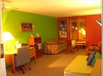 EasyRoommate CA - Room $550 - Downtown Montreal - Available 15th Mar - Montréal, Montréal - $550
