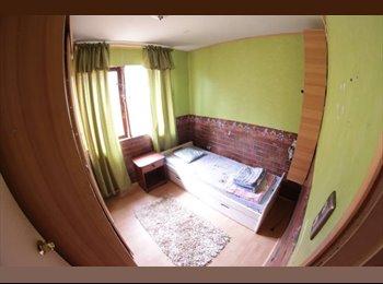CompartoDepto CL - Se arrienda pieza en casa, Agua Santa, Viña - Viña del Mar, Valparaíso - CH$*