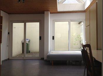 EasyKot EK - Ruime 2-kamer studio met nieuwe badk & hoogslaper - Overig Antwerpen-Anvers omgeving, Antwerpen-Anvers - €300