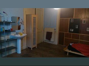 EasyKot EK - House in Liege - Guillemins, Luik-Liège - €350