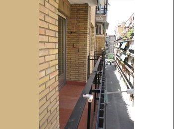 EasyPiso ES - BUSCO 1 CHICO/A  PARA COMPARTIR PISO - Centro Ciudad, Granada - €210