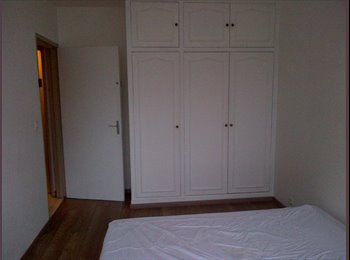 Appartager FR - Chambre libre ! Room available ! Mar 2015 - Fontenay-sous-Bois, Paris - Ile De France - €500