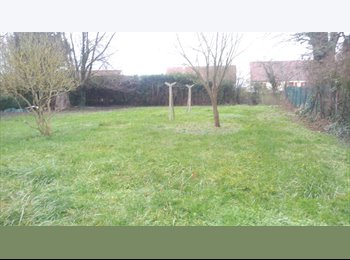 Appartager FR - coloc maison nord orleans 2 places en septembre - Saran, Orléans - €370
