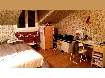 Appartager FR - Chambre à louer en coloc FontenayS/Bois 5mn RER A - Fontenay-sous-Bois, Paris - Ile De France - €400
