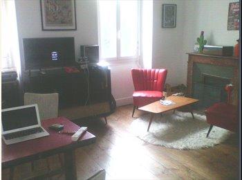 Appartager FR - Collocation maison de ville (ok pour courte durée) - Pau, Pau - €400