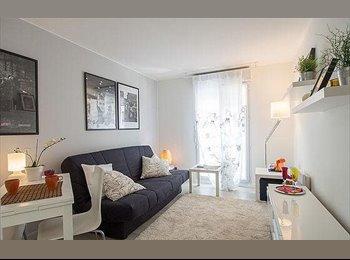 Appartager FR - Studio meublé dans belle rue - 11ème Arrondissement, Paris - Ile De France - €450
