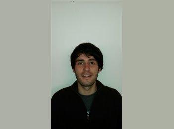 Juan - 25 - Etudiant