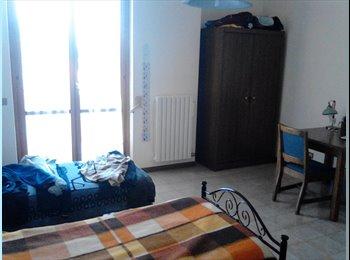 EasyStanza IT - stanza singola 3 minuti da piazzale rudiae - Lecce, Lecce - €180