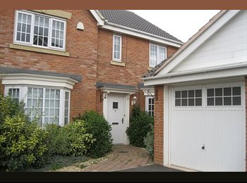EasyRoommate UK - En-Suite Double Room Corby (Bills Included) - Corby, East Northamptonshire and Corby - £485