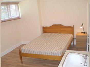 Good Sized Double Room Didsbury Village