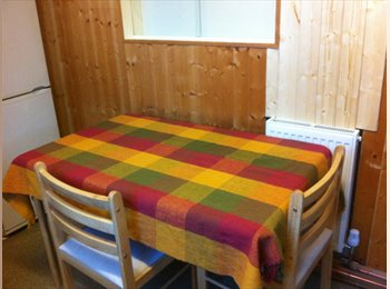 EasyRoommate UK - DOUBLE ROOM IN KINGSTON - Kingston upon Thames, London - £600