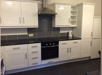 £85 INCLUDING ALL BILLS  -4BED HOUSE IN LENTON