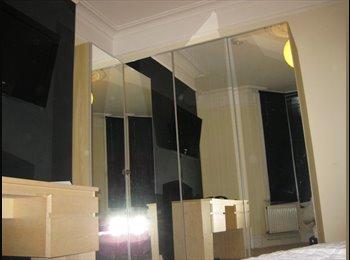 EasyRoommate UK - Large Double room in Sittingbourne - Sittingbourne, Sittingbourne - £410