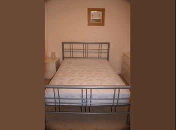 EasyRoommate UK - Large Double Room in Modern luxury Houseshare - Bishop's Stortford, Bishop's Stortford - £520